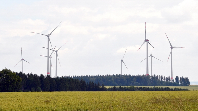 Nach den Prognosen wird der Windpark rund 56 Millionen Kilowattstunden Strom pro Jahr produzieren, was in etwa einem Viertel des Soester Verbrauchs entspricht.