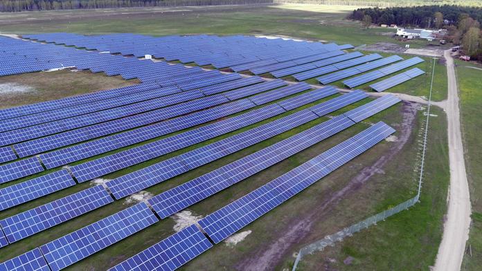 Solarpark Schipkau mit 32.160 Solarmodulen